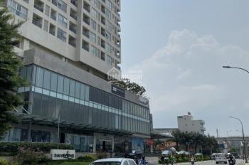 Bán khuôn đất lớn 2 mặt tiền Quốc Hương, P. Thảo Điền, Quận 2, diện tích: 20x50m. Được xây cao tầng
