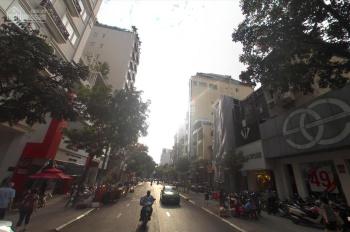 Cho thuê nhà MT chuyên thời trang đường Nguyễn Trãi, Q5, 4x20m, 3 tầng, sân thượng, giá 70 tr/th