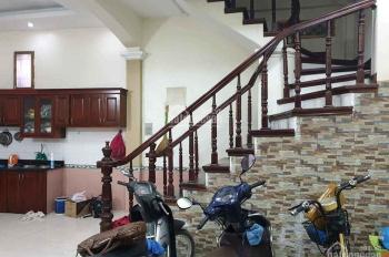 Bán nhà Phùng Hưng Văn Quán 39m2x4T 2,5tỷ nhà đẹp ở luôn, gần phố, cách chỗ ô tô 20m, LH 0961663690