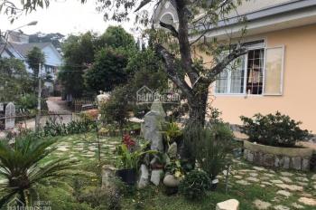 Bán nhà đường Phạm Hồng Thái - Phường 10 - Đà Lạt, gần bờ hồ có sân vườn thoáng đẹp