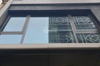 Cho thuê nhà mặt phố Nguyễn Ngọc Nại, Thanh Xuân, diện tích 60m2 xây 4T, mặt tiền 5m, ô góc 2 mặt