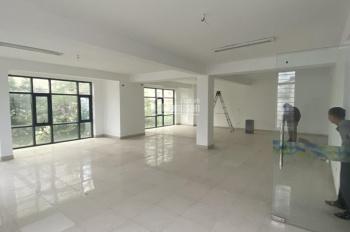 Cho thuê sàn văn phòng tại Mễ Trì, DT 150 m2 XD, DT sử dụng 100m2, VP mặt tiền rộng thoáng
