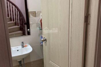 Cho thuê nhà khu K300 giá rẻ Phường 12 Quận Tân Bình 4mx20m 2 lầu nhà mới. 0935035231