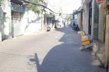 Nhà nguyên căn 1 trệt + 1 lầu + 3PN đường Lê Văn Lương, Q7