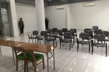 Chính chủ cho thuê văn phòng 100m2, giá 23tr/th, tại mặt phố Chùa Láng, Đống Đa, LH: 0931753628