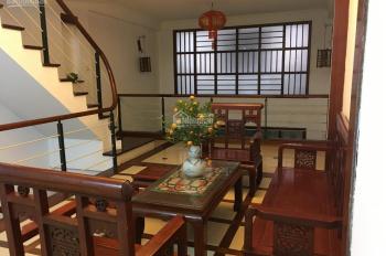 Nhà đẹp ngõ Giang Văn Minh 55m2x5T sàn gỗ điều hòa ngõ ô tô đỗ cửa, giá 20tr/th bàn giao ngay