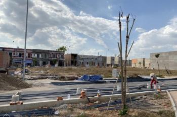 Bán lô đất 2 mặt tiền đường nhựa 18m, tiện kinh doanh mua bán, SHR, 122m2/990 triệu, LH: 0967033717