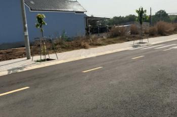 Tôi có lô đất gần bệnh viện Mỹ Phước 2, ngang 5x20m đường nhựa 13m, full thổ cư, giá đầu tư