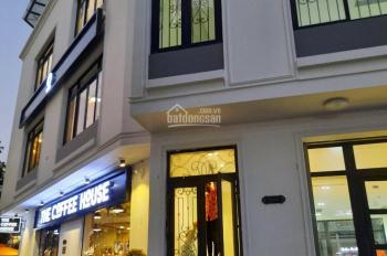Cho thuê sàn thương mại tầng 1 Dịch Vọng, Cầu Giấy. DT 200m2