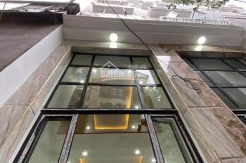 Bán nhà phố Nhân Hòa 32m2 x 5 tầng, MT: 3.5m, nhà mới ở ngay, gần mặt phố. Giá: 4.3 tỷ