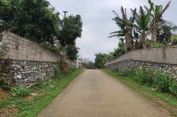 Bán gấp 1700m2 đất thổ cư huyện Lương Sơn, phù hợp nghỉ cuối tuần