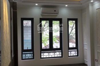 Bán nhà tại Thanh Am, Long Biên, DT 33m2 x 4 tầng, MT 3.8m, giá 1.9 tỷ có gia lộc, LH: 0982503329