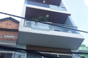 Cho thuê nhà mặt tiền 10A Hồ Xuân Hương, gần ngã 3 CMT8, Quận 3. LH: 084290790
