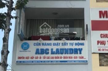 Nhà mặt tiền đường Trương Định, TP Tân An, 1 trệt, 3 lầu, giá 4 tỷ, sổ hồng riêng, chính chủ
