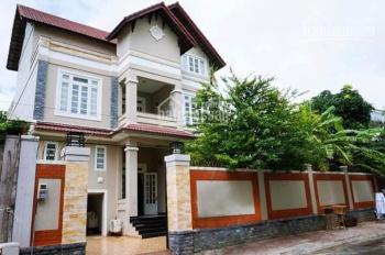 Biệt thự Thảo Điền, 10x22m, gara ô tô, sân vườn 2 lầu, 3PN, full nội thất, view sông