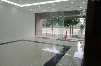Chính chủ cho thuê nhà mặt phố Linh Lang, mặt tiền 10m