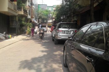 Cho thuê nhà riêng 7 tầng ngõ 11 Lê Văn Thiêm, Lê Văn Lương 80m2 giá 55 tr/th. 0984250719