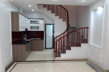 Bán nhà mới ngõ 40 Ngọc Trục - Đại Mỗ 32m2 * 4T * 3PN hỗ trợ ngân hàng 70% LH 0984672007