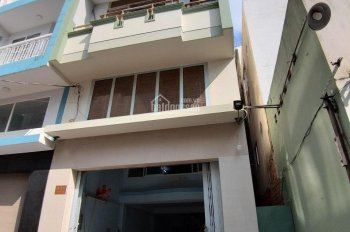 Phòng mới xây ngã tư Luỹ Bán Bích, Trịnh Đình Thảo, giờ giấc tự do giá rẻ
