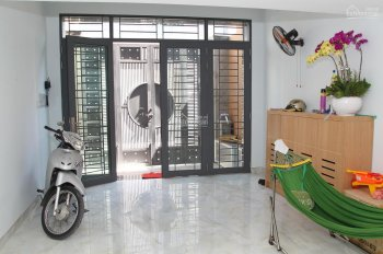 Chính chủ cần bán nhà hẻm 6m Quận Tân Phú - giá tốt 8.5 tỷ - LH: 0903989800