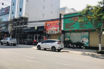 Bán đất Nguyễn Văn Thoại sát biển khu vực đắc địa, DT: 200m2. Giá rẻ chỉ 49,5 tỷ