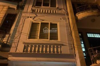 Cho thuê nhà Tân Mai, nhà ngõ 66 Tân Mai, ô tô đỗ cửa, nhà 30m2 x 4 tầng, giá 8tr/th