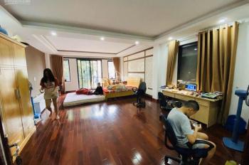 Tôi cần bán gấp nhà ở phố Ngọc Hà, Q. Ba Đình, 65m2, 7 tầng, ô tô có thang máy, sổ đỏ chính chủ