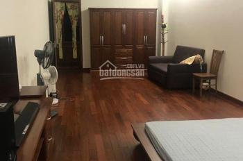 Bán nhà mặt phố Lê Lợi - Vị trí siêu đẹp - Nhà mới xây ốp full gỗ - Nội thất sang trọng