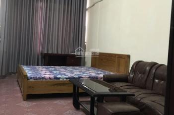 Cho thuê căn hộ tầng 4 khép kín cho người Việt Nam, nước ngoài thuê nhà mặt phố 46 Quốc Tử Giám