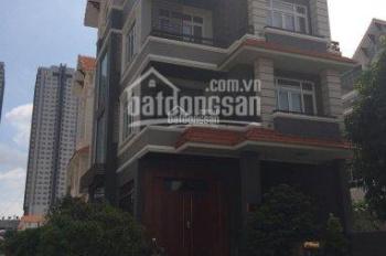 Bán nhà biệt thự khu dân cư Him Lam Kênh Tẻ, Quận 7, DT: 200m2, giá: 29 tỷ. Call 0977771919