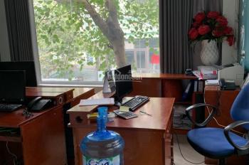 Cho thuê nhà phố Vũ Thạnh, gần Giảng Võ, 65m2 x 5T, nhà 2 mặt thoáng 28tr/th, 0903215466