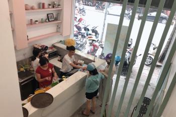 Cho thuê cửa hàng riêng biệt mặt phố Tràng Thi, Hoàn Kiếm, DT 20m2 +lửng 12m2, khép kín, riêng biệt