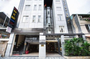 Bán tòa nhà căn hộ dịch vụ 9 lầu 25 phòng đường Xuân Diệu, P4, Tân Bình diện tích 8m x 20m cực đẹp