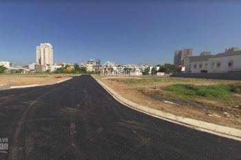 Cần bán đất Lái Thiêu, ngay chân cầu Phú Long mới, sổ riêng, xây dựng được ngay, giá: 1,8 tỷ