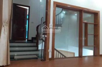 Chính chủ cần bán nhà lô góc 3 tầng, hướng Đông Bắc S 61,9m2 phố Bình Lộc giá 2,3 tỷ. ĐT0904469345