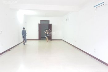 Cho thuê văn phòng mặt phố Trung Kính DT: 85m2 miễn phí 01 tháng tiền nhà. LH: 0967 541 501