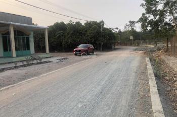 Bán đất thị trấn Chơn Thành, cách ngã tư Chơn Thành 1km, đất đẹp, sổ hồng, LH: 0942727376