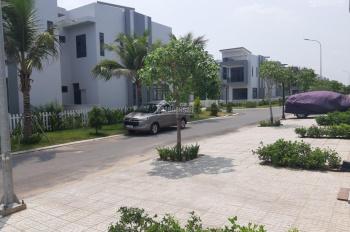 Kẹt tiền cần sang nhượng gấp 2 căn nhà phố Block E2 KĐT Bella Villa. LH: 0888666534
