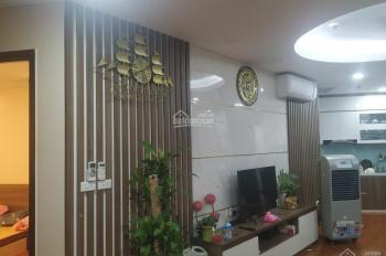 Chính chủ bán căn hộ 3 phòng ngủ 83m2, full nội thất như ảnh toà B Vinaconex2. LH: 0965110572