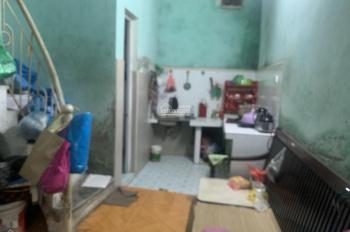 Bán nhà cấp 4 Gia Quất Tổ 1 Thượng Thanh - LB - HN 2 phòng ngủ 1 vệ sinh DT 52m2, vuông vắn rộng 3m