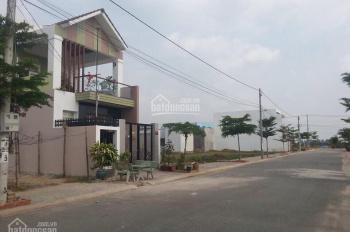 Bán gấp MT Đỗ Xuân Hợp gần cổng Nam Long 50m, Phước Long B, Q9, giá TT 899 tr/80m2, LH 0901199349