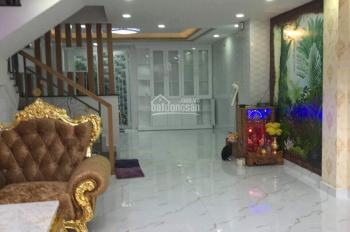 Bán tòa nhà góc 3 mặt tiền Nguyễn Cư Trinh Q1, DT: 10x10m, T + 3L, HĐ thuê 110tr/th, giá 31,5 tỷ TL