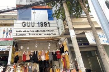 Sang shop 1 trệt, 2 lầu mặt tiền Mậu Thân gần chợ Xuân Khánh giá thuê chỉ 19 triệu/tháng