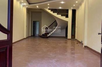 Cho thuê nhà phố Xã Đàn, 50m2*5T thông sàn. Giá 20tr/tháng