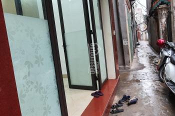 Cho thuê nhà 4 tầng ngõ 406 đường Âu Cơ, Tây Hồ, Hà Nội