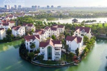 Bán BT Bằng Lăng 500 m2, nguyên bản CĐT, vị trí trung tâm, view hồ bơi, bán gấp giá thương lượng