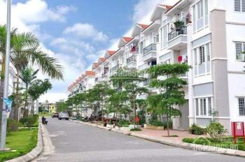 Cho thuê căn hộ tầng 1, 61,1m2, 2PN, giáp nhà xe số 4. LH: 0947.443.268
