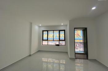 Cho thuê nhà mới trong khu biệt thự mới, có chợ, trường mẫu giáo, công viên
