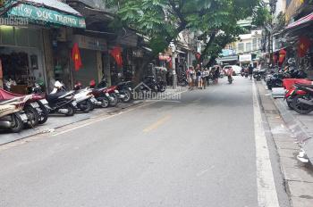 Bán nhà mặt phố Hàng Thiếc, quận Hoàn Kiếm, 25m2, nhà có nóc, xây lại thoải mái, giá 13 tỷ