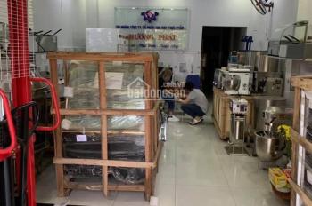 Cho thuê nhà mặt tiền Tân Sơn DT: 4,5 x 18m, 1 lầu giá 15tr/tháng